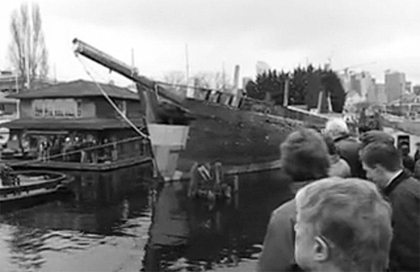 "A large crowd gathered at Lake Union to bid ""Wawona"" a last farewell."