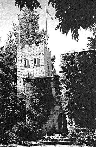 A medieval wooden sign directs you up a steep, unpaved driveway that leads to the stone steps and arched timber door of King Karl's Castle. It took him 12 years and 13,000 cement blocks to complete his five-story imperial residence. Most of it he built alone, by hand, with the help of his pony to drag timber and logs from the nearby beach.