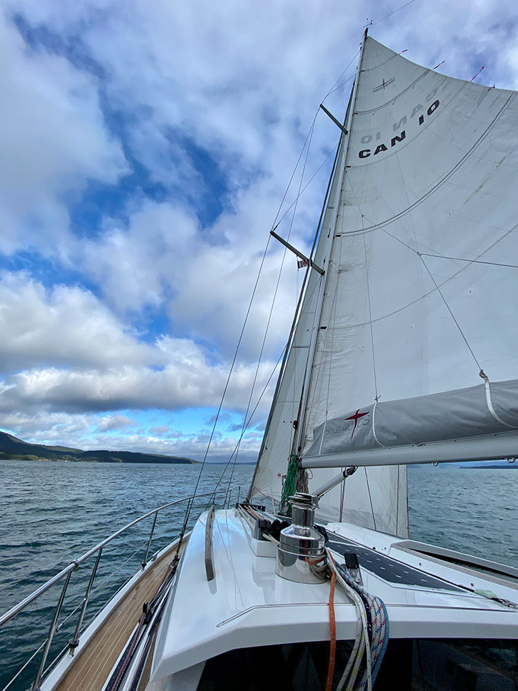 Sailing the Sirius 40 DS was an enjoyable experience—and more impressive the breezier it got.