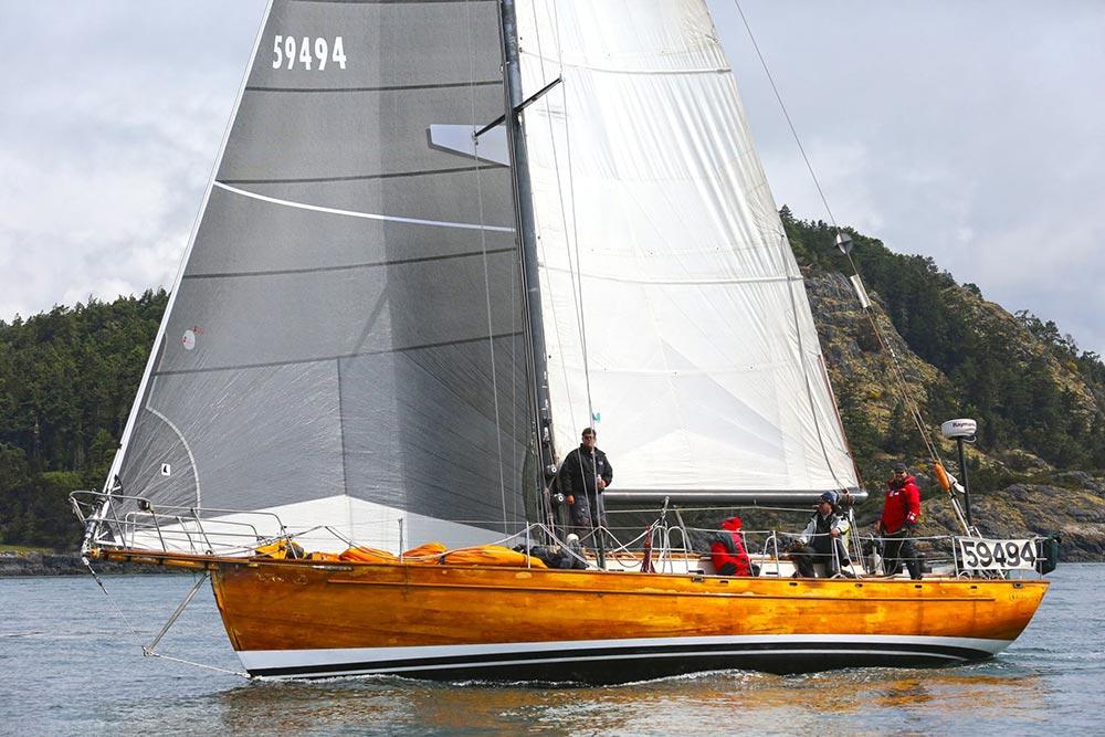A fine yacht, a fine crew, and a fine Skipper.